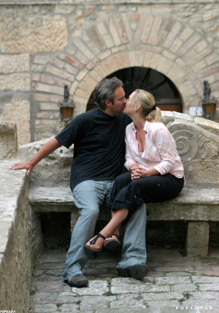 Kate Winslet And Sam Mendes Shared A Steamy Kiss During A July 2003  Sexy Kate Winslet Pictures -7426