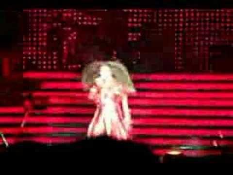 Beyoncé in Orlando in 2007