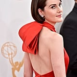 While Michelle Dockery is stuck in Edwardian times on Downton Abbey, but for the Emmys she went with a sleek mod hairstyle.