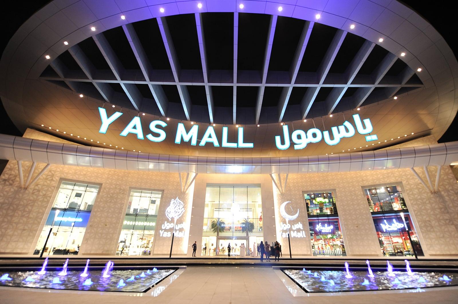 Yas Mall Abu Dhabi Open 24 Hours For A Mega Eid Sale Popsugar Middle East Smart Living