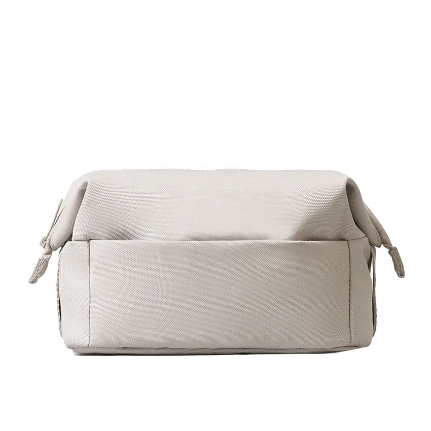 Everlane The ReNew Catch-All Case