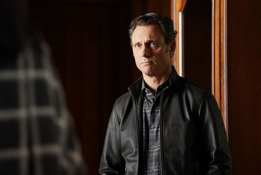 Who Will Die on the Scandal Series Finale?