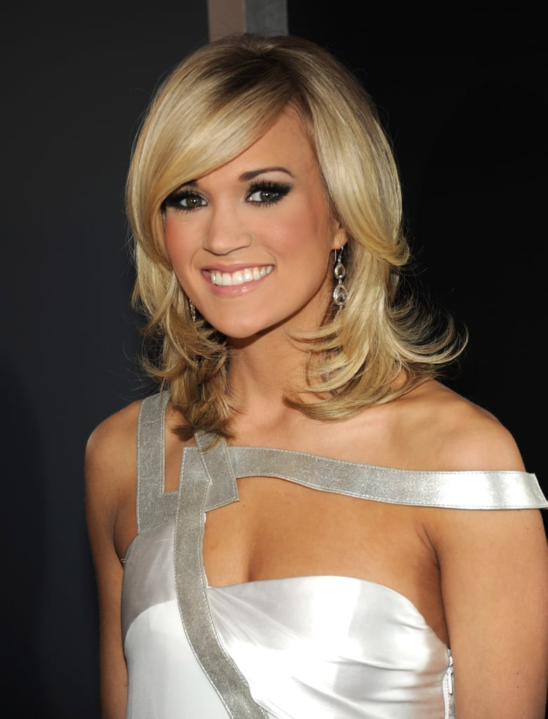 Photos of Carrie Underwood at the 2010 Grammy Awards 2010-01-31 17:31:53