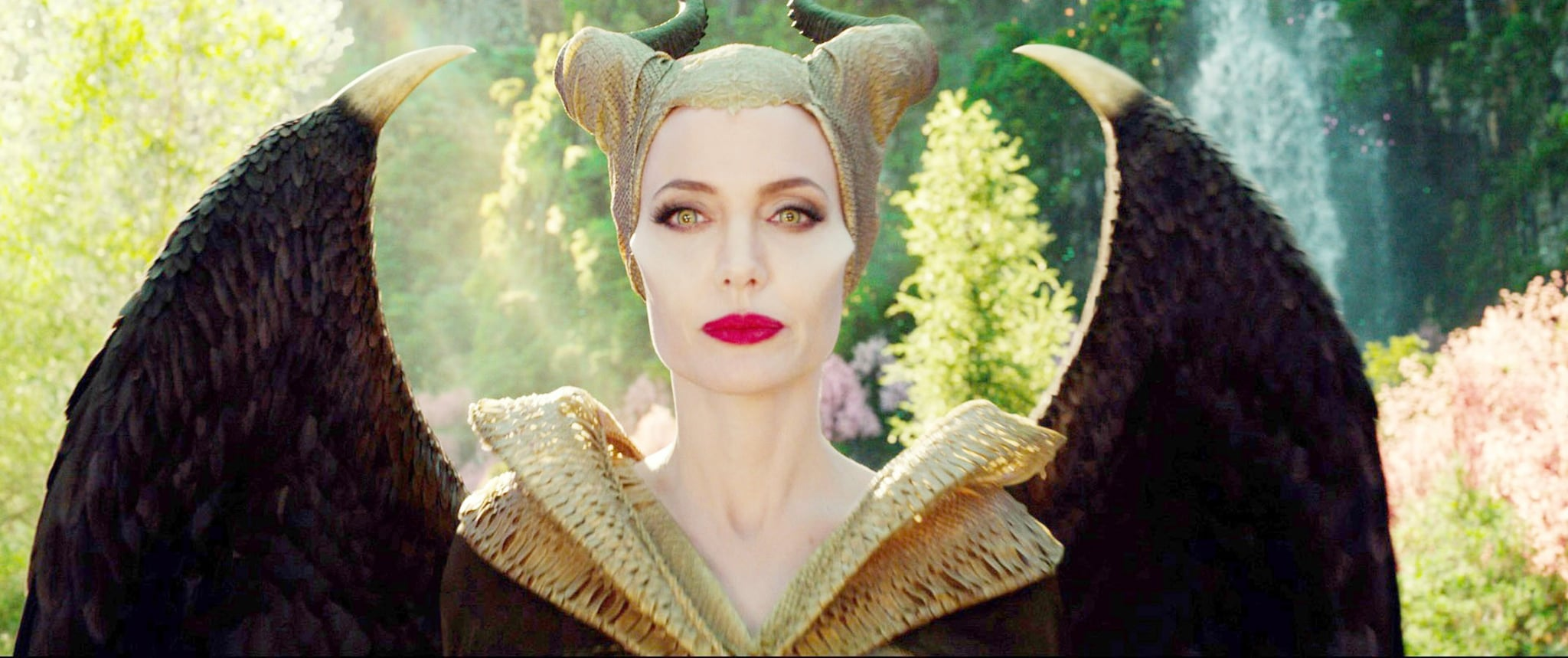 MALEFICENT: MISTRESS OF EVIL, Angelina Jolie as Maleficent, 2019.  Walt Disney Studios Motion Pictures / courtesy Everett Collection