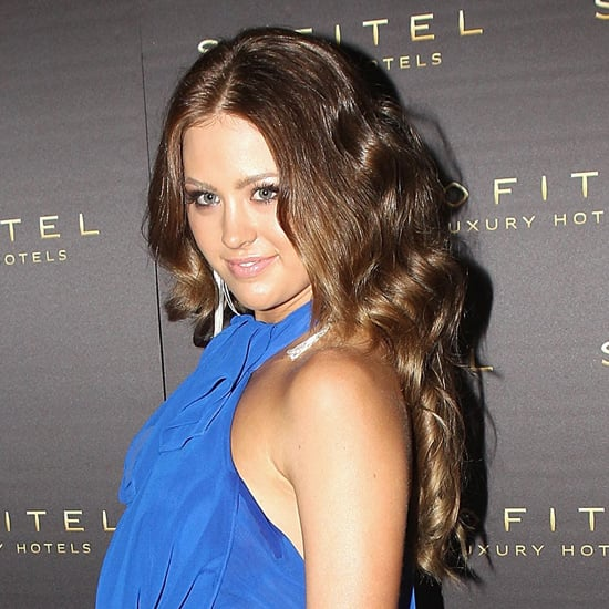 Do we spy a balayage? Jesinta went from dark to light in July 2011.