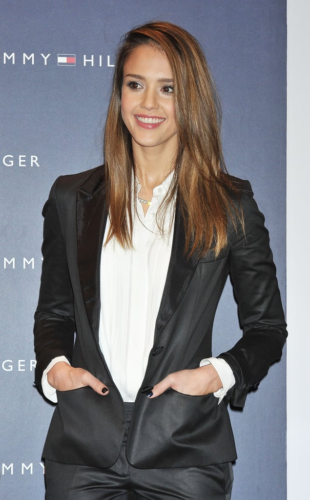 Jessica Alba looked relaxed before the store opening.
