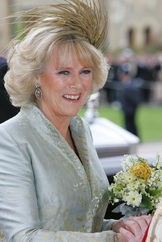 دوقة كورنوال ترتدي قبّعة من تصميم فيليب تريسي في حفل زفافها عام 2005.