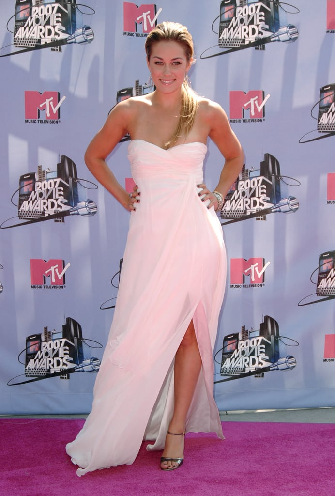 Lauren Conrad stepped onto the purple carpet wearing a pink gown with a slit in 2007.