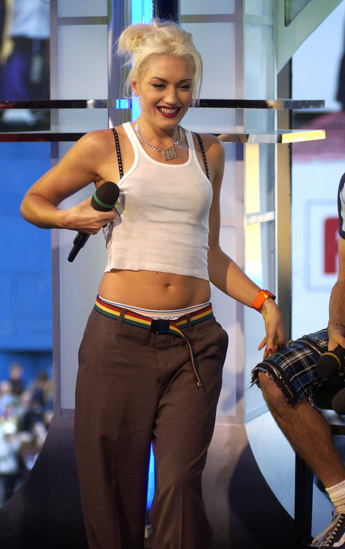 Gwen Stefani Nipples 105
