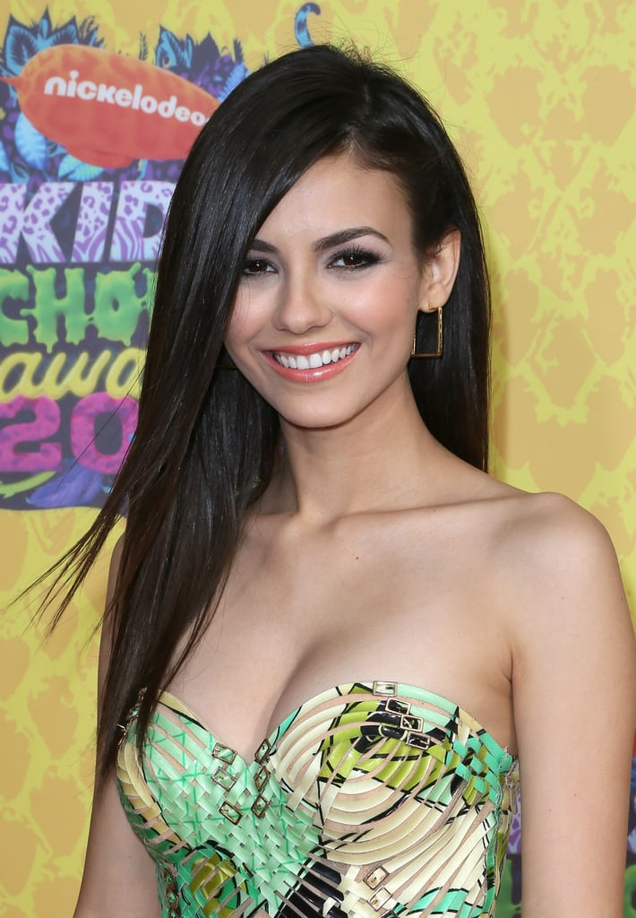 Victoria Justice at the Kids' Choice Awards