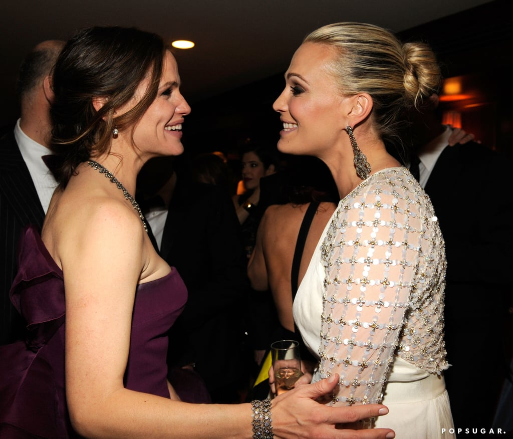 Molly Sims chatted with Jennifer Garner at Vanity Fair's Oscar afterparty.