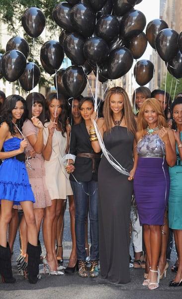 Chanel Iman, Veronica Webb, Noemie Lenoir, Jessica White, Selita Ebanks, Tyra Banks, Beverly Johnson, B. Smith.
