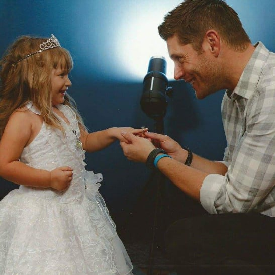 Jensen Ackles Proposes to 4-Year-Old Girl