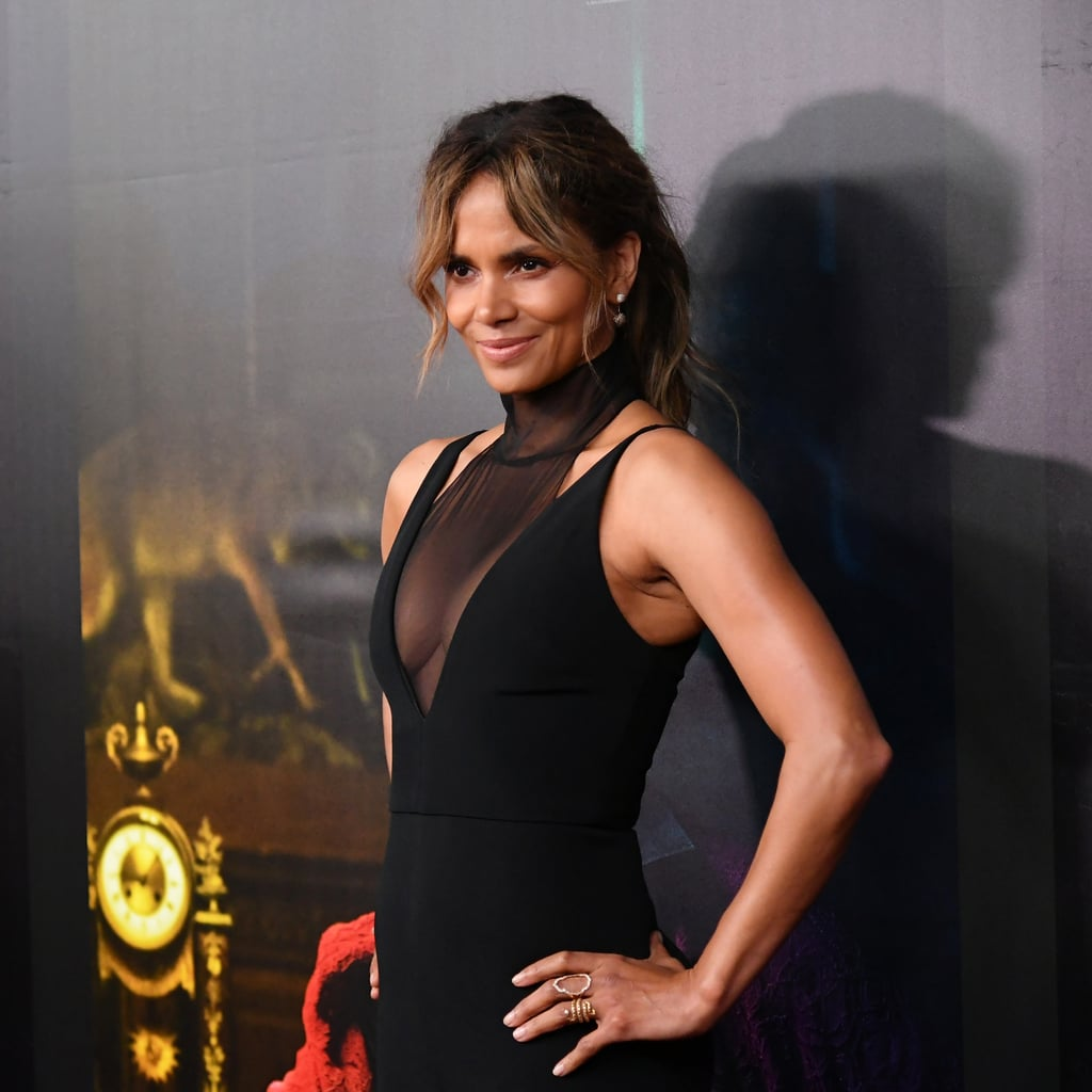 Halle Berry's 5-Minute Ab Workout Review