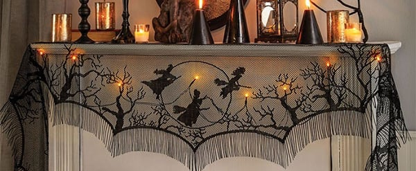 This Light-Up Hocus Pocus Mantel Scarf Is Hauntingly Chic