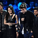 Robert Pattinson Debuts a Twilight Clip at VMAs With a Few Costars