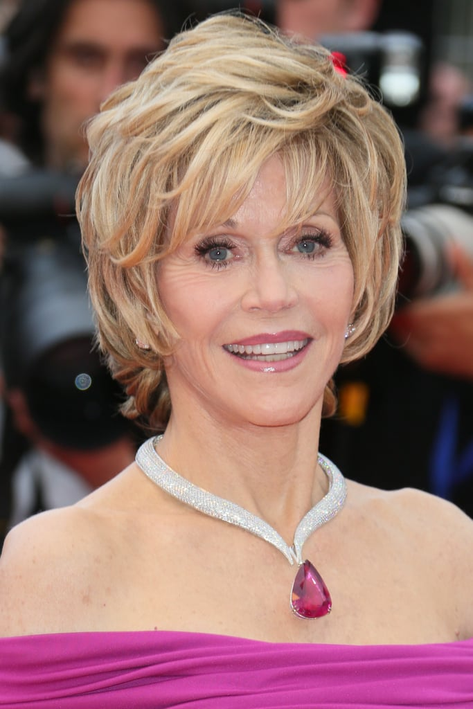 Jane Fonda wore a dramatic Chopard diamond necklace.