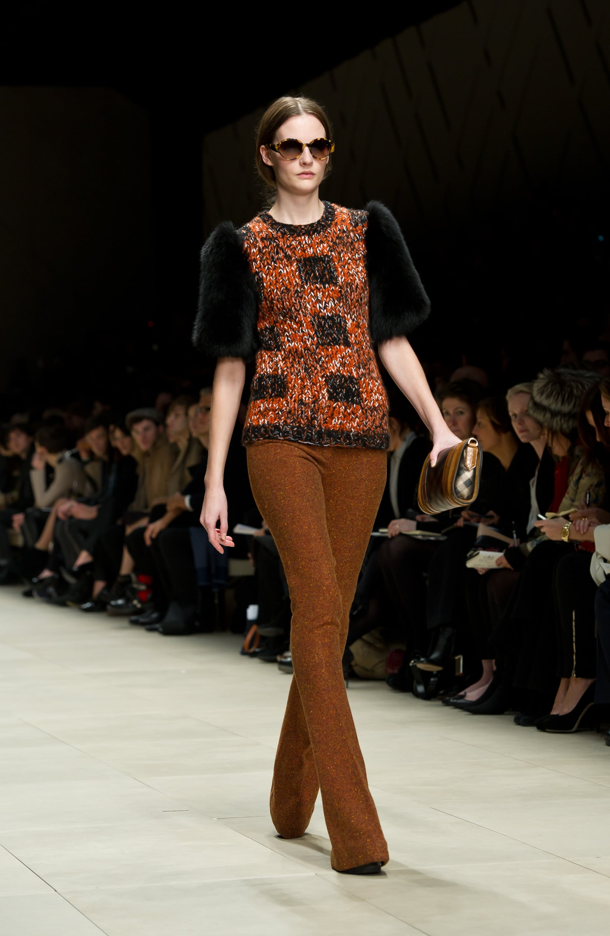 See the full burberry a w london fashion week runway show - Burberry fashion show ...