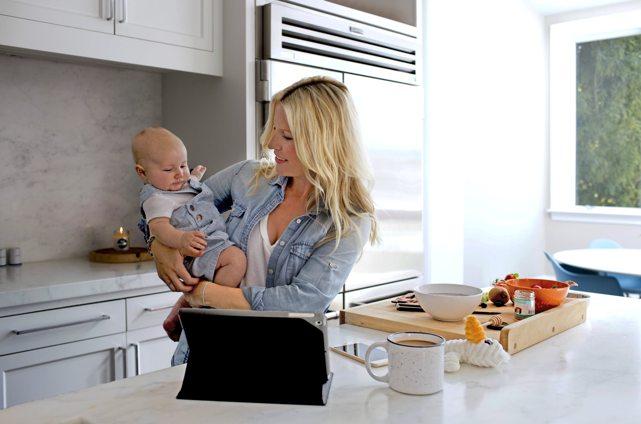 Study Finds Many Kds With Delays Need >> Study Finds Link Between Screen Time And Speech Delays Popsugar Family