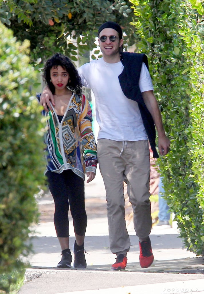 whos robert pattinson dating now 2015 Seal dating erica packer: intimate romance vacation photos  2015 the pair left the  robert pattinson dating fka twigs.