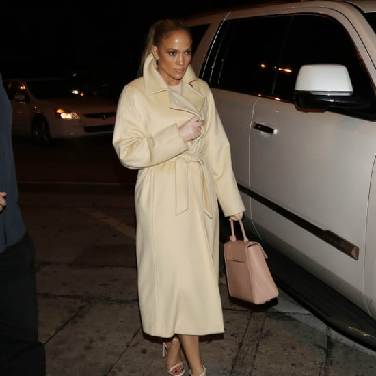 Jennifer Lopez Wearing Leather Gloves