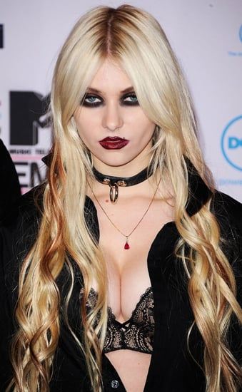 Photos of Taylor Momsen at the 2010 MTV EMAs