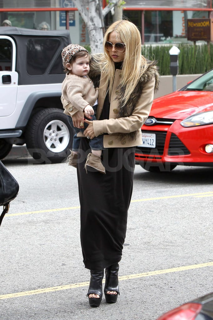 Rachel Zoe left Newsroom with Skyler.
