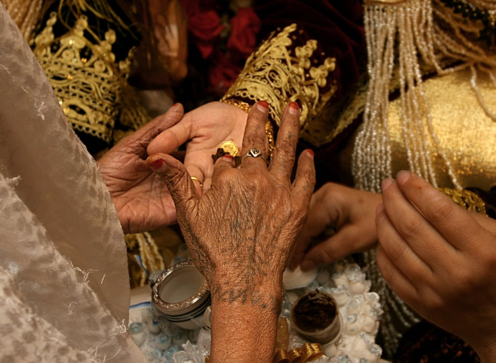 Mehndi Party Entertainment Ideas : Mehndi party bridal and henna designs popsugar beauty photo 2