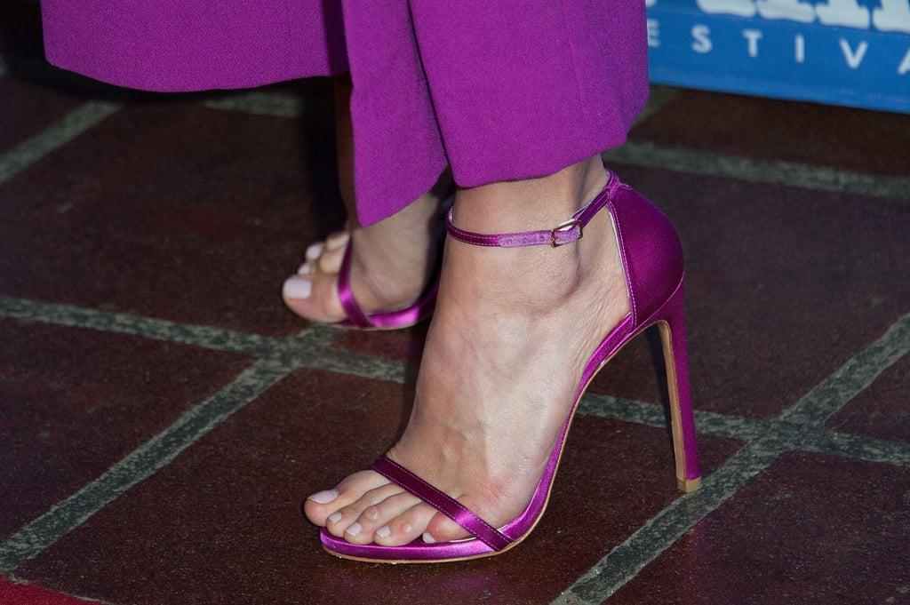 Alicia Vikander Mixes 2 Shades of Pink in 1 Seriously Elegant Look