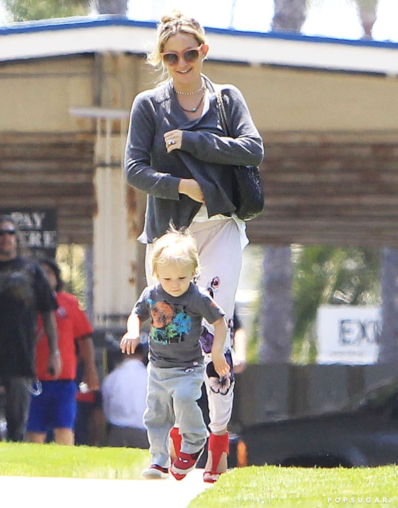 Kate Hudson took her son Bing out for a stroll.