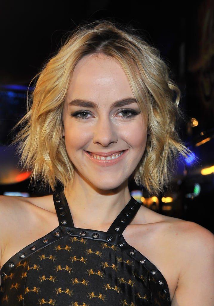 Jena Malone was flying solo at the Canadian premiere, but we love her tousled waves and bold brow look.
