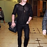 Chris Hemsworth got off of a plane at Sydney's airport.