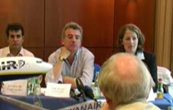 Ryanair CEO Says Business Class Passengers Get Free Blow Jobs