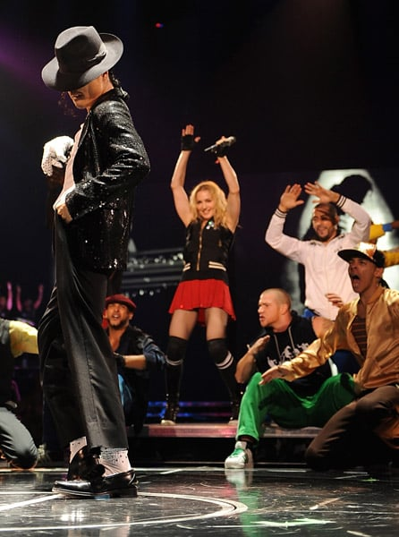 Roundup Of The Latest Entertainment News Stories — Madonna Pays Tribute to Michael Jackson at O2 Show