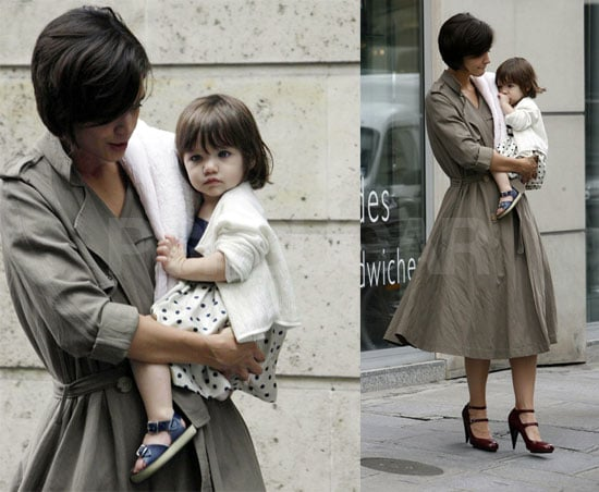 Suri Is A Fashion Icon (With A Security Blankey)