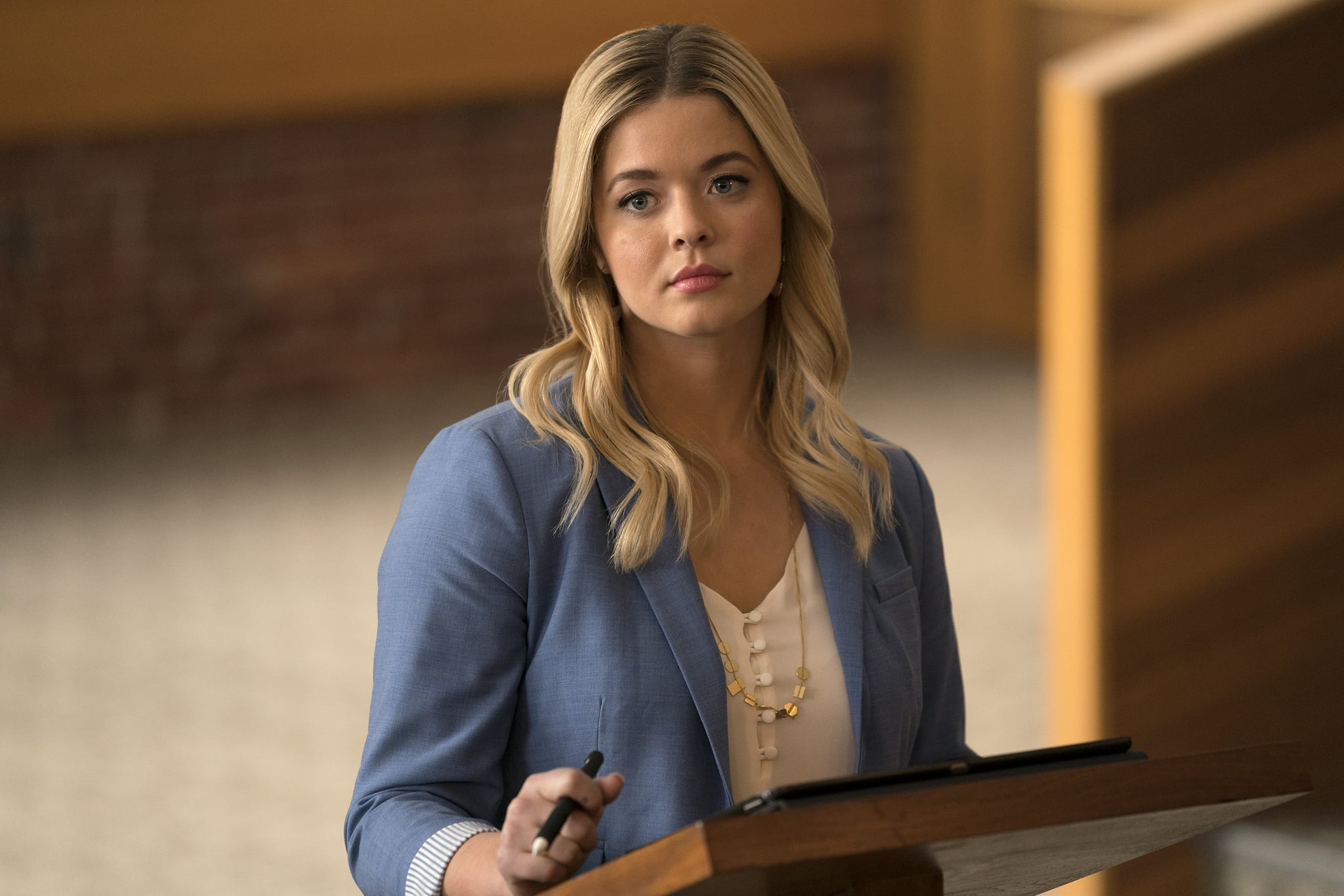 PRETTY LITTLE LIARS: THE PERFECTIONISTS -