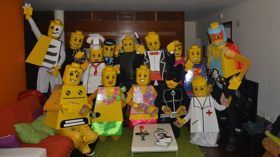 cheap halloween group costumes popsugar smart living - Creative Halloween Costume Idea