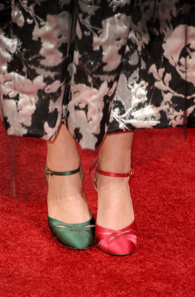 No, it's not your eyes playing trickery. It's the wonderfully wacky Helena Bonham Carter playing trickery with her shoes.
