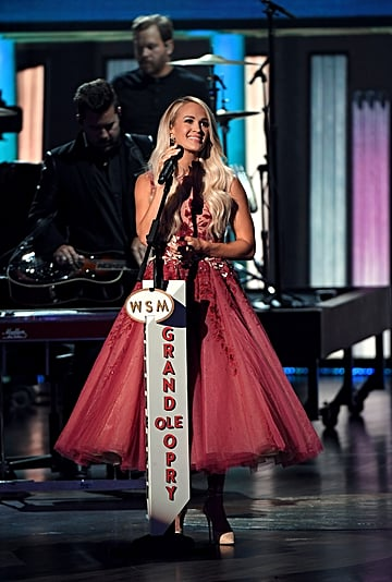 Carrie Underwood Wore 2 Gorgeous Dresses to the ACM Awards