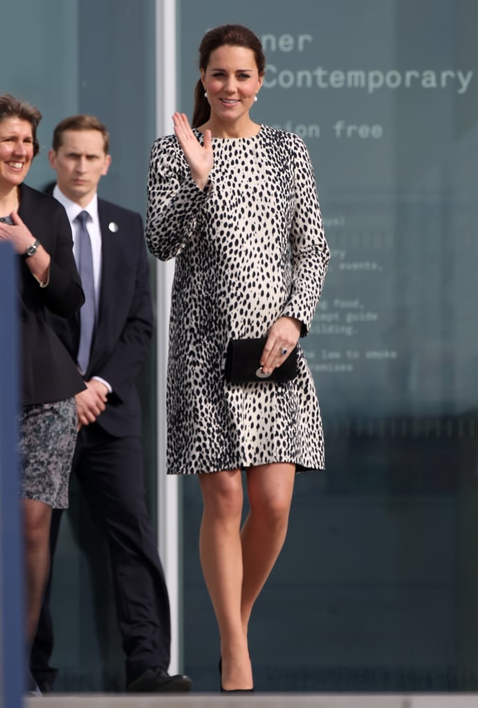 Pregnant Kate Middleton at Turner Contemporary Art Gallery