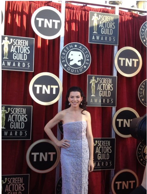 Julianna Margulies wears Calvin Klein. Twitter User: SAGawards