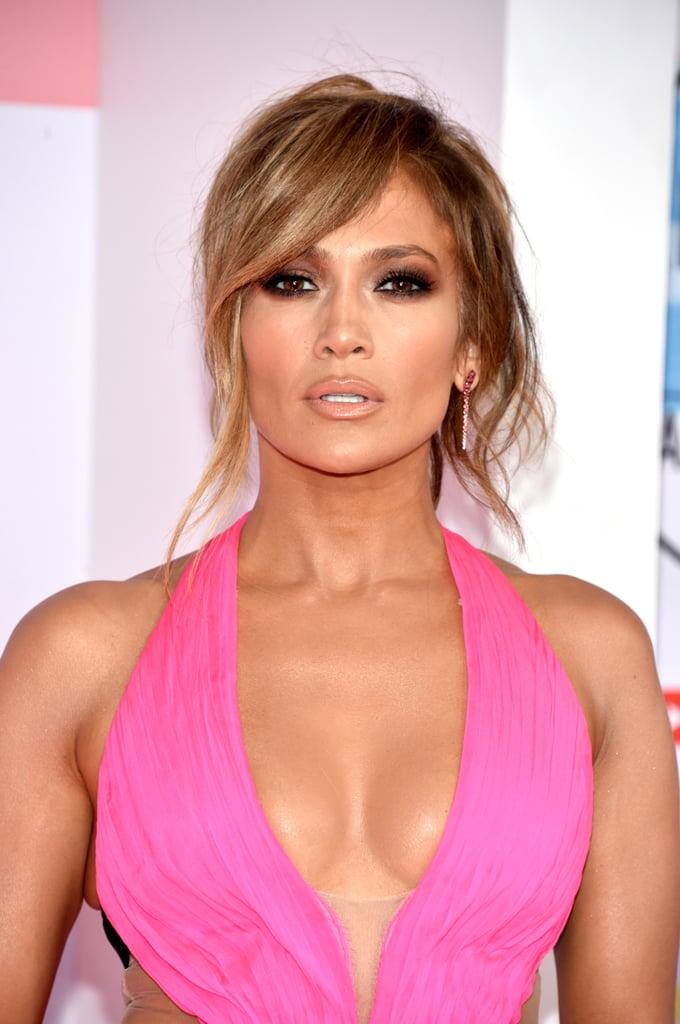 Jennifer Lopez's American Music Awards Dress 2018