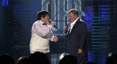 William Shatner Singing With Lin Yu Chun on Lopez Tonight