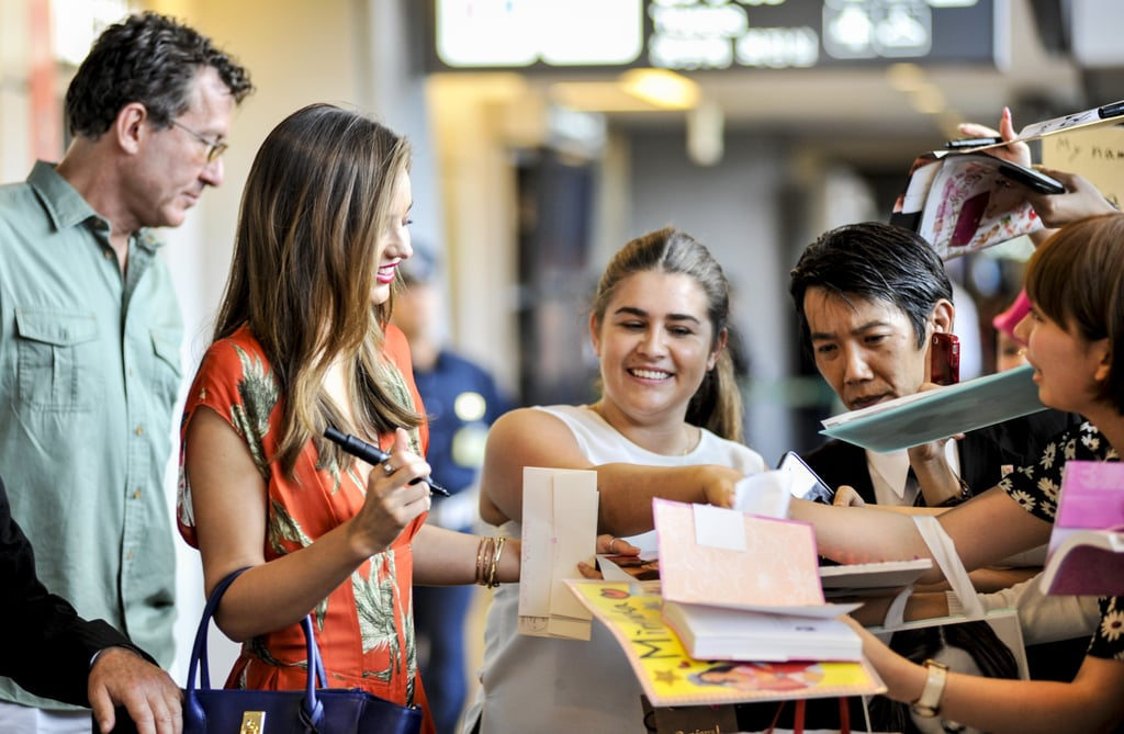 Miranda Kerr signed autographs for her Japanese fans.