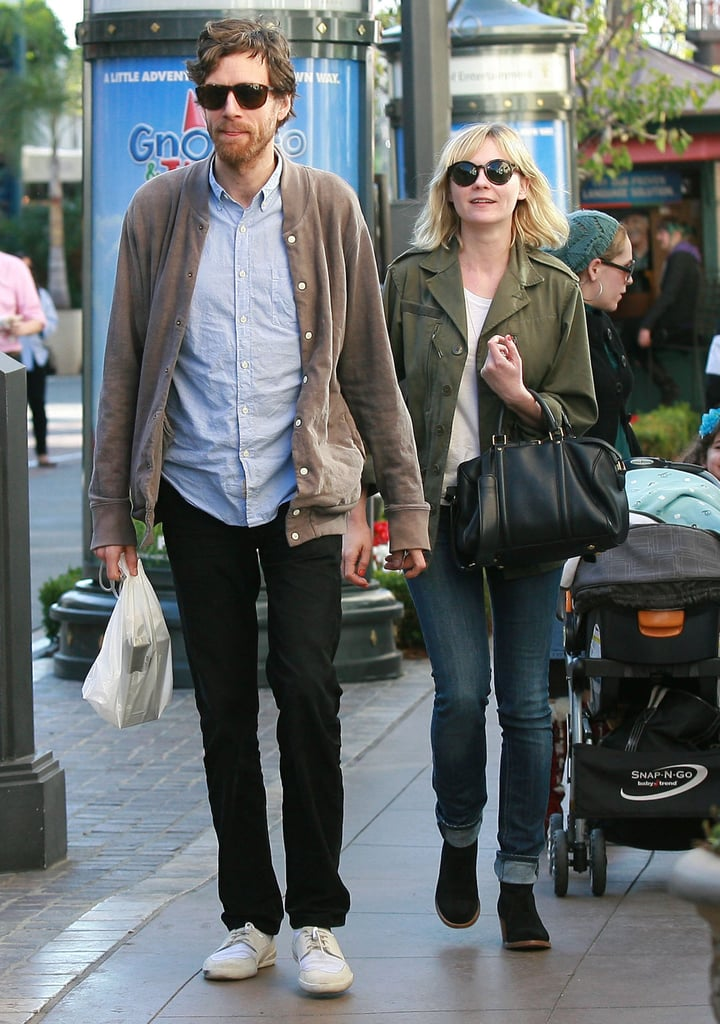 Pictures of Kirsten Dunst Shopping With Jason Boesel at the Apple Store