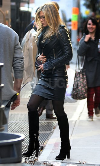Pictures of Jennifer Aniston Filming Wanderlust in NYC