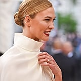 Karlie Kloss Pulls the Sneakiest Styling Trick at the Met Gala