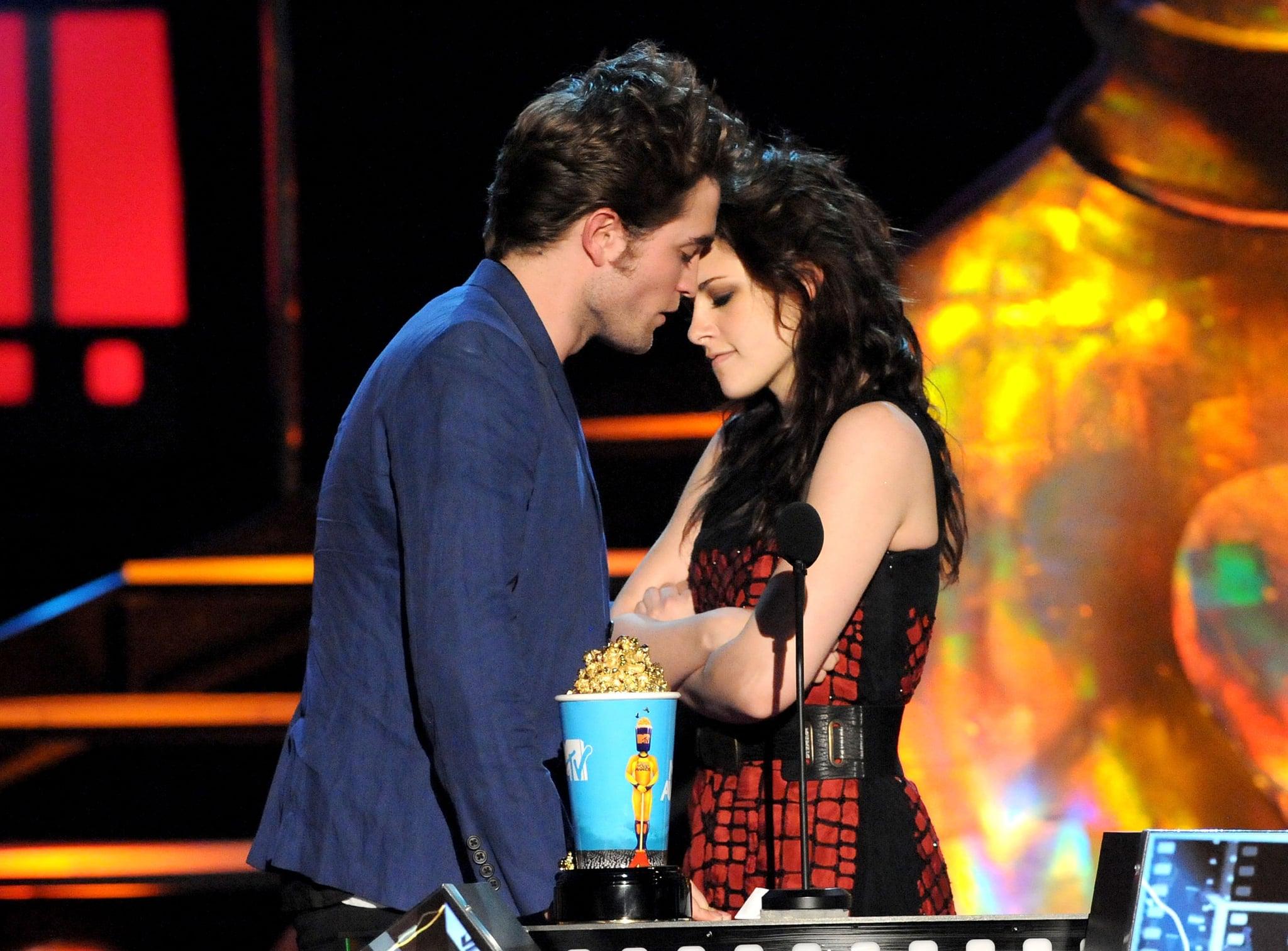 Robert Pattinson ja Kristen Stewart dating 2009