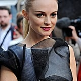 Heather Graham wore a sleek, high ponytail with straight ends at the Hangover III premiere.