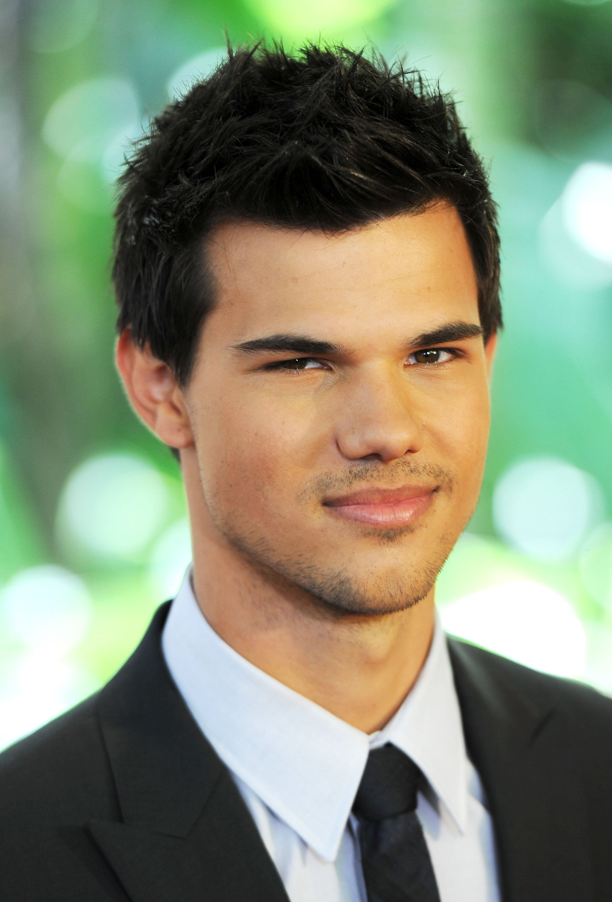 Taylor Lautner arrived at the Beverly Hills Hotel.